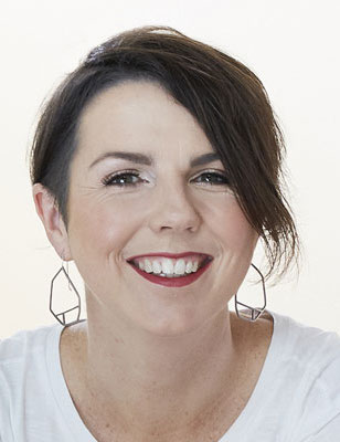 Author Kate Mildenhall headshot
